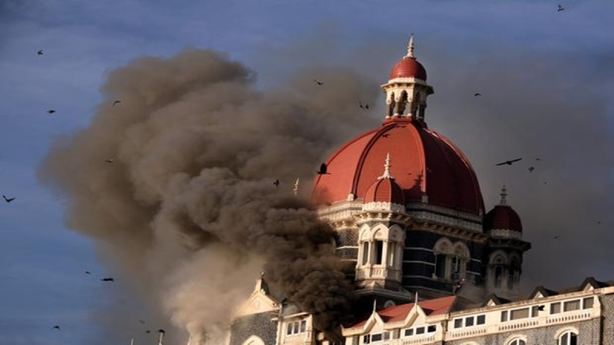 Bollywood stars remember 26/11 victims