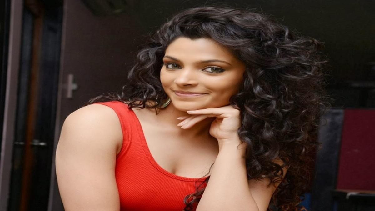 Saiyami Kher, Pooja Gor run for healthy life