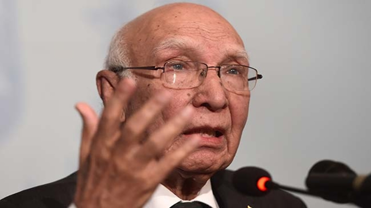 Sartaj Aziz to arrive India tomorrow for Heart of Asia conference