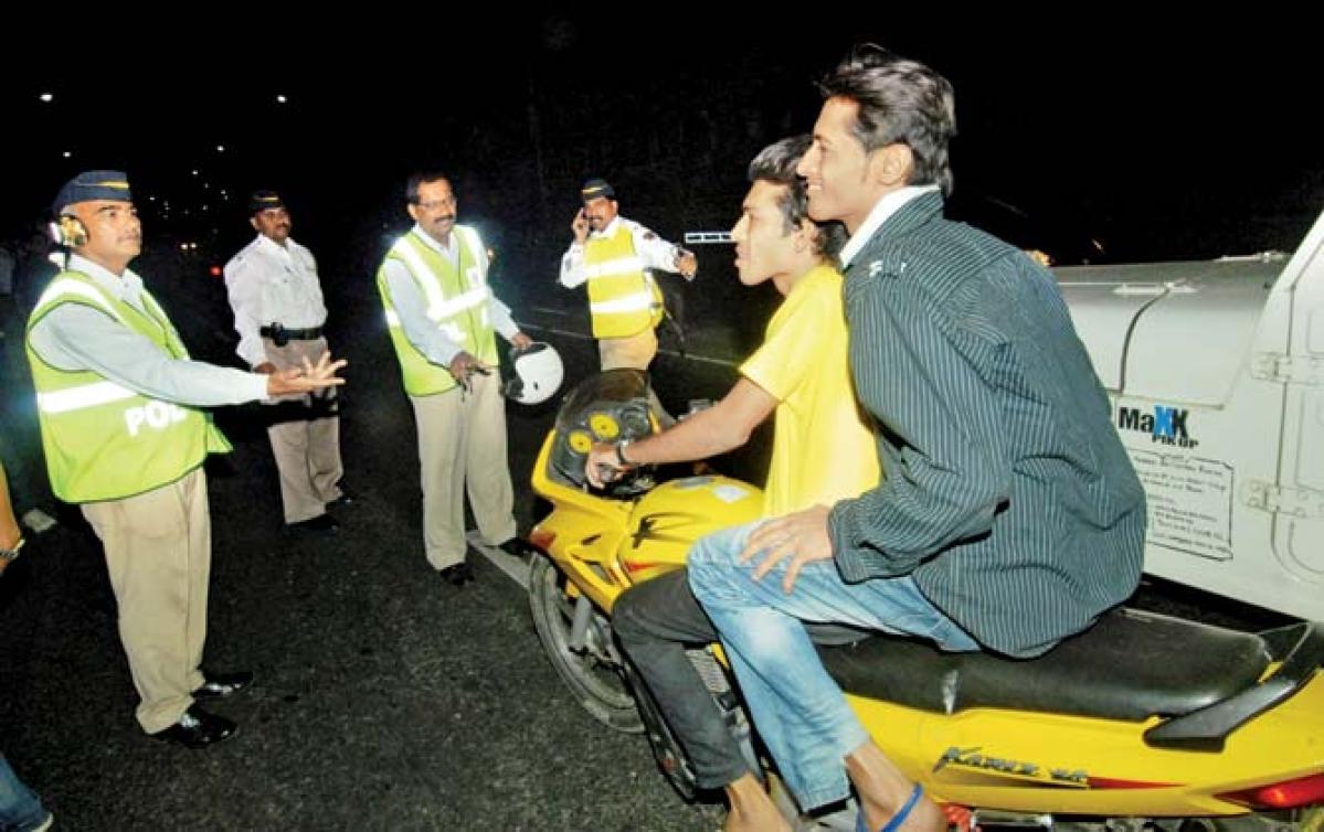 Mumbai: Traffic cop sues department for corruption