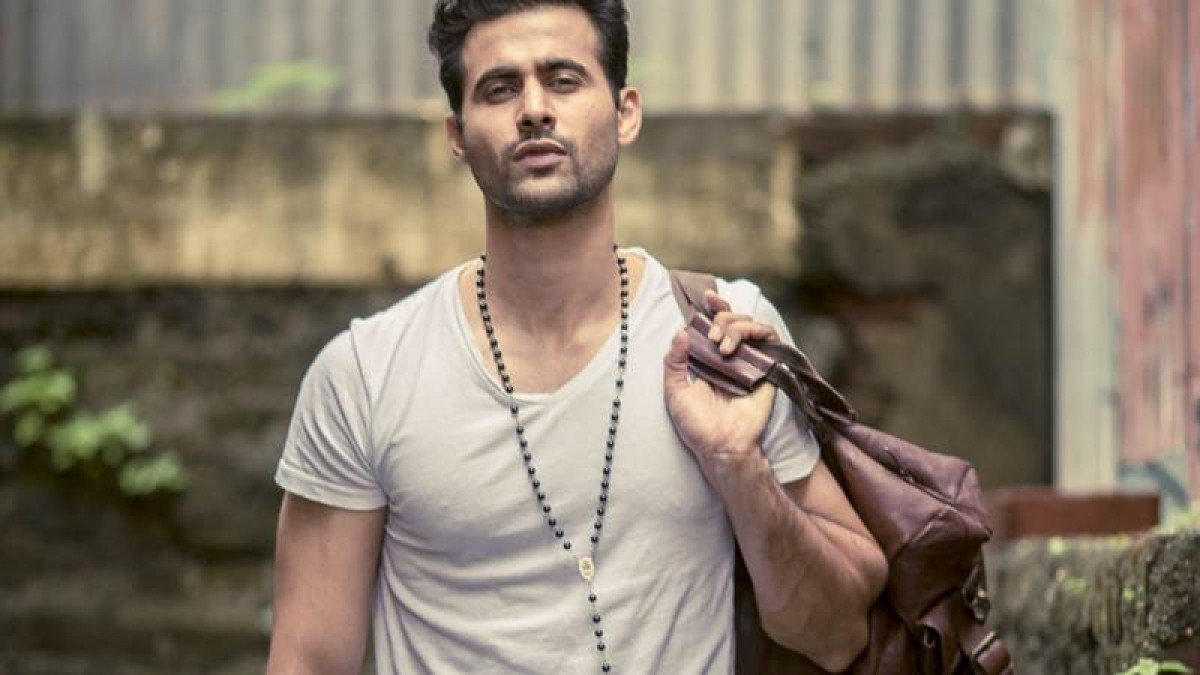 Freddy Daruwala says one gets enriched while collaborating with superstars