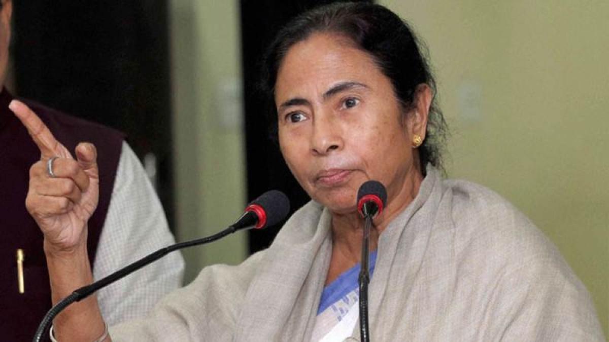 Mamata Banerjee, Omar Abdullah march to Rashtrapati Bhavan over demonitisation