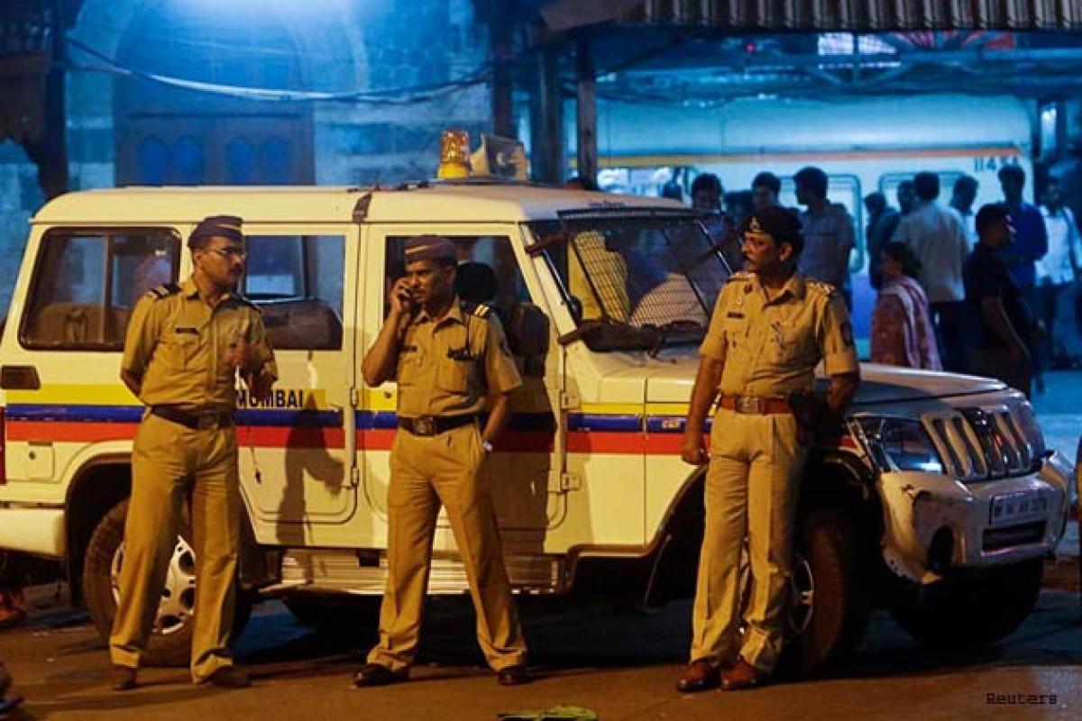 Mumbai: Two runaway MCOCA accused held in Thane