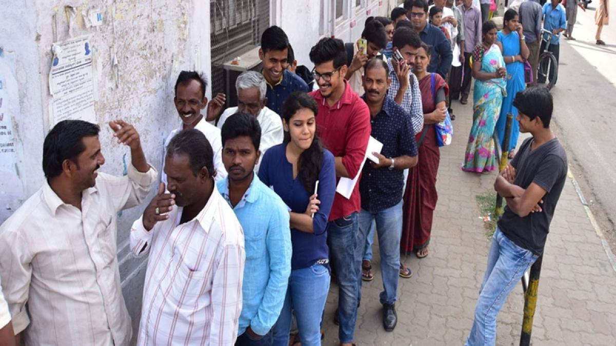 Demonetisation: Elderly man in queue for cash dies of heart attack