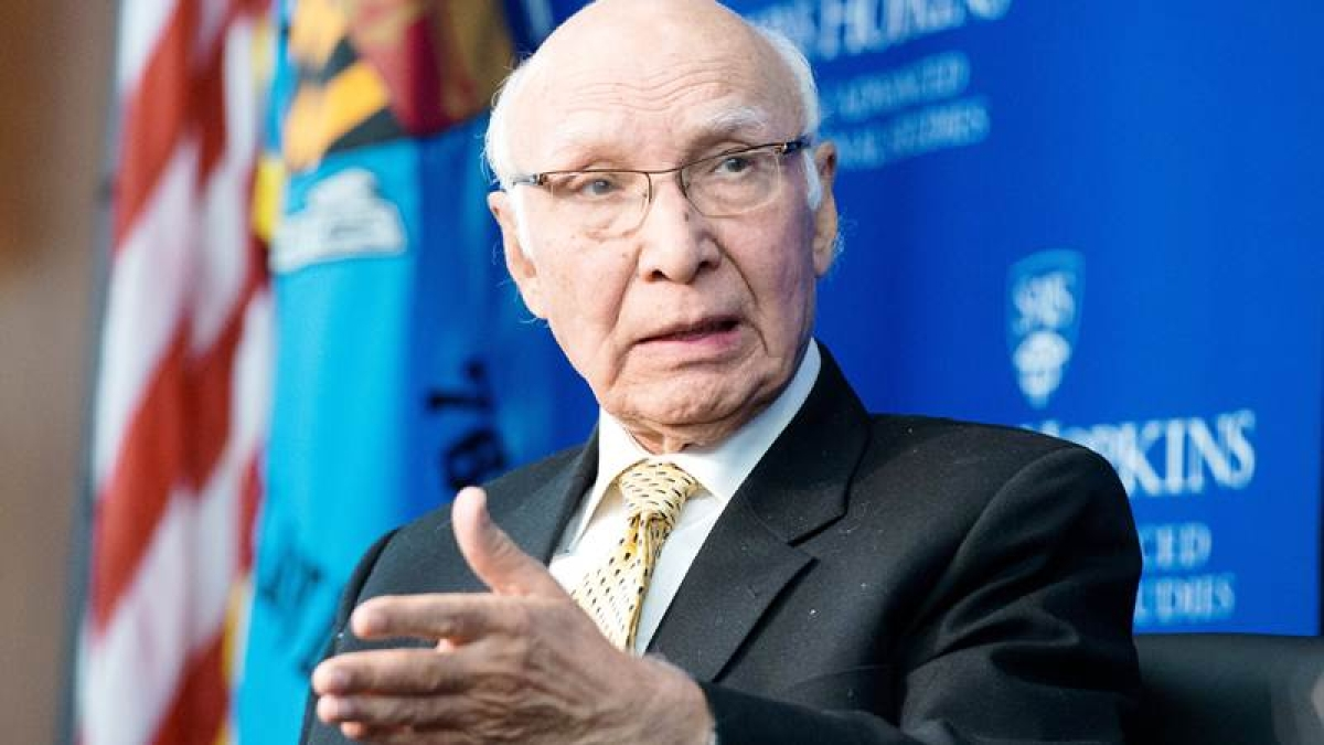 Brother of soldier held captive by Pakistan, writes letter to Sartaj Aziz