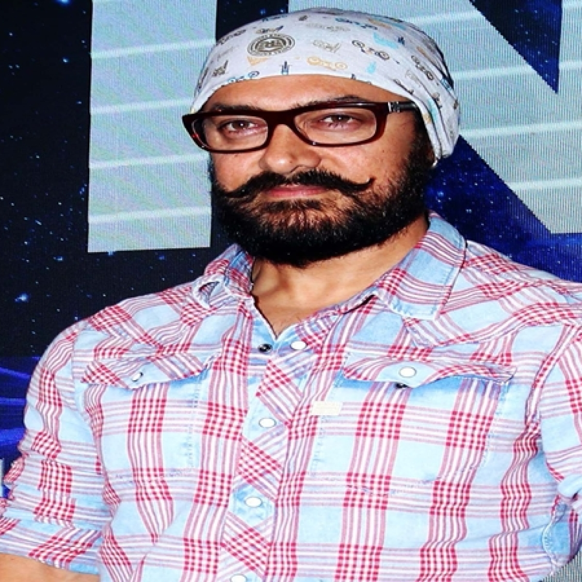 Aamir Khan thanks Maha Police, BMC and other essential service providers for working during coronavirus crisis