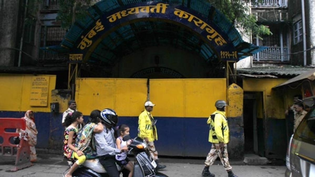 Mumbai: Arthur Road jail authorities pulled up