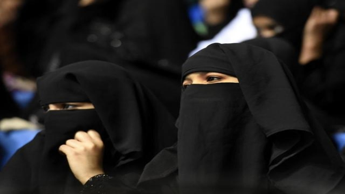 Indian Women to now travel for Haj without 'mehram', confirms Mukhtar Abbas Naqvi