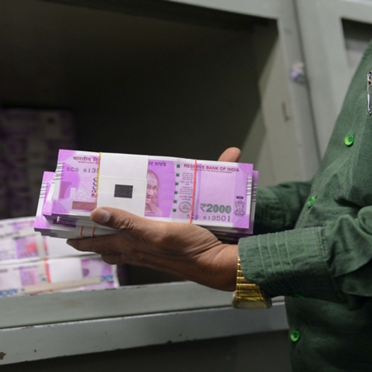 51 entities booked for transferring Rs 1038 cr black money to HK