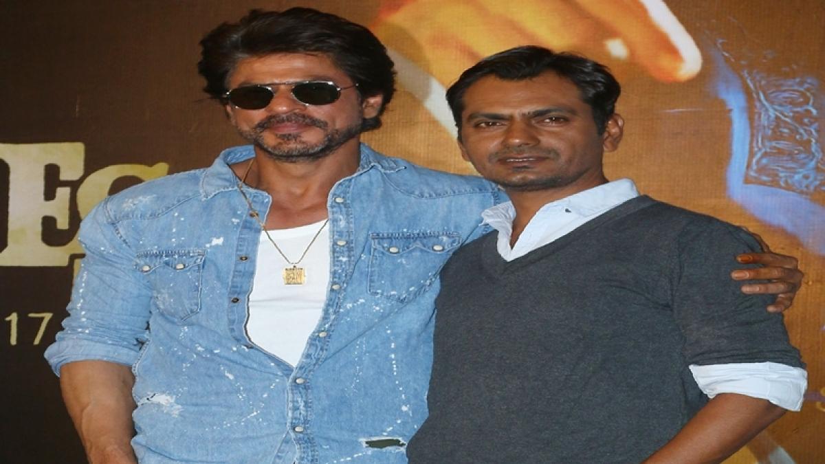Shah Rukh does not bring his stardom to set, says Nawazuddin