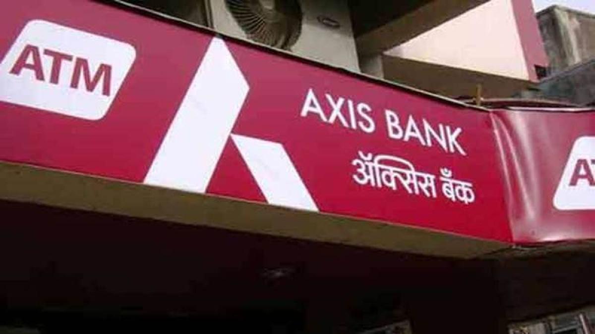 Axis Bank's Q4 net loss at Rs 1,388 crore