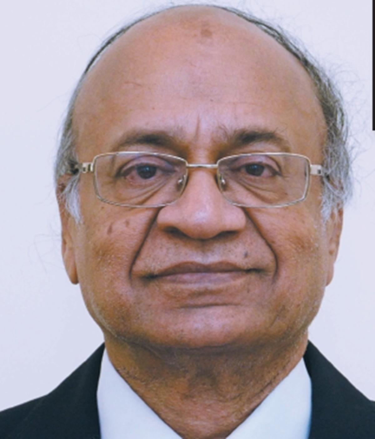 Going Beyond the Syllabus,says Dr. Kamal Gupta