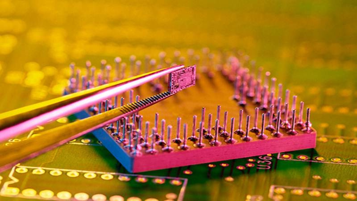 Intel faces CCI probe over abusing  dominant position