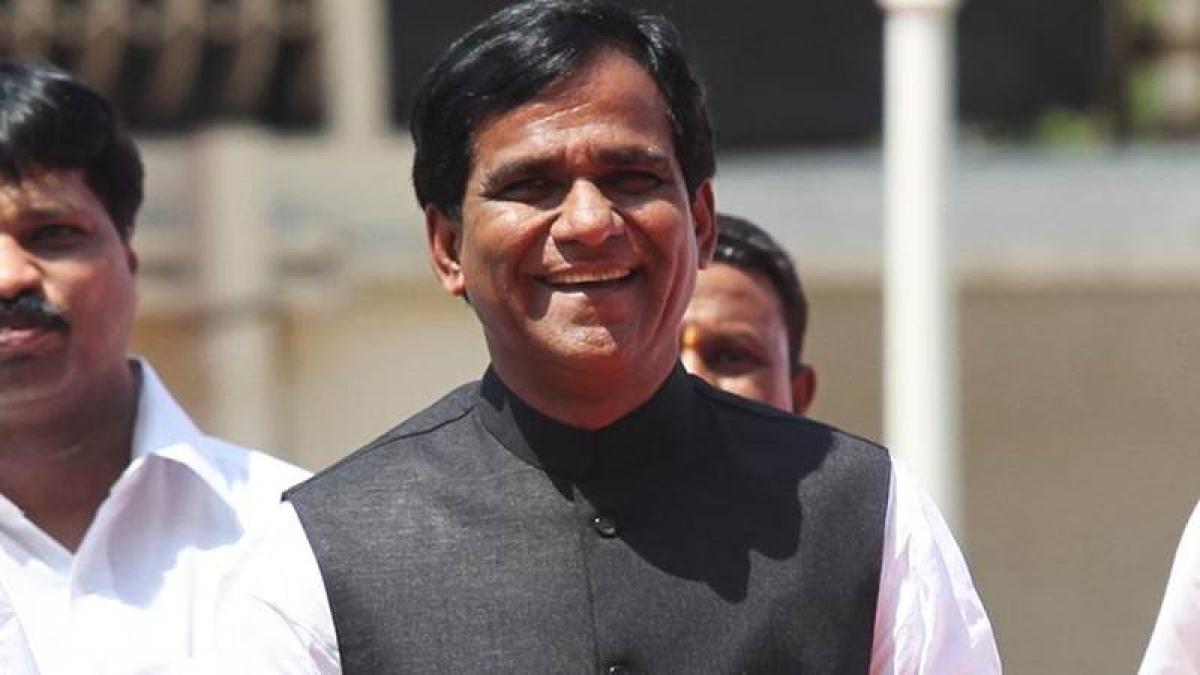 MVA govt should slash fuel prices like Assam: Union minister Raosaheb Danve