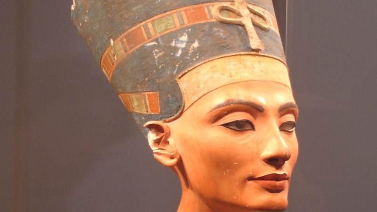 Egyptian Queen Nefertari's mummified remains identified