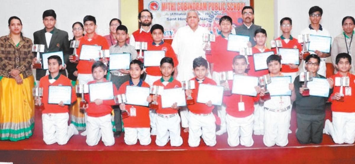 Bhopal: Turn veggie, Siddha Bhau to students