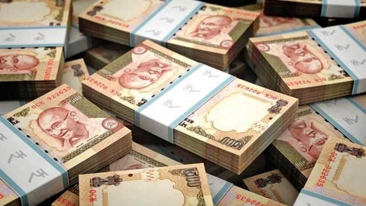 Three held with unaccounted cash of Rs 43 lakh