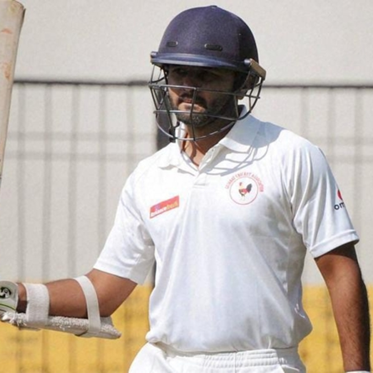 Parthiv Patel retires from international cricket, netizens wish him 'Happy Retirement'