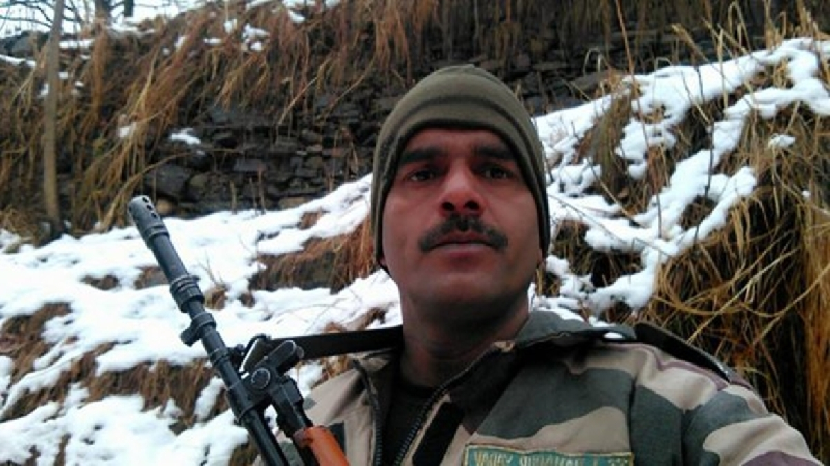 BSF jawan's wife says, husband being pressurised to withdraw his complaint