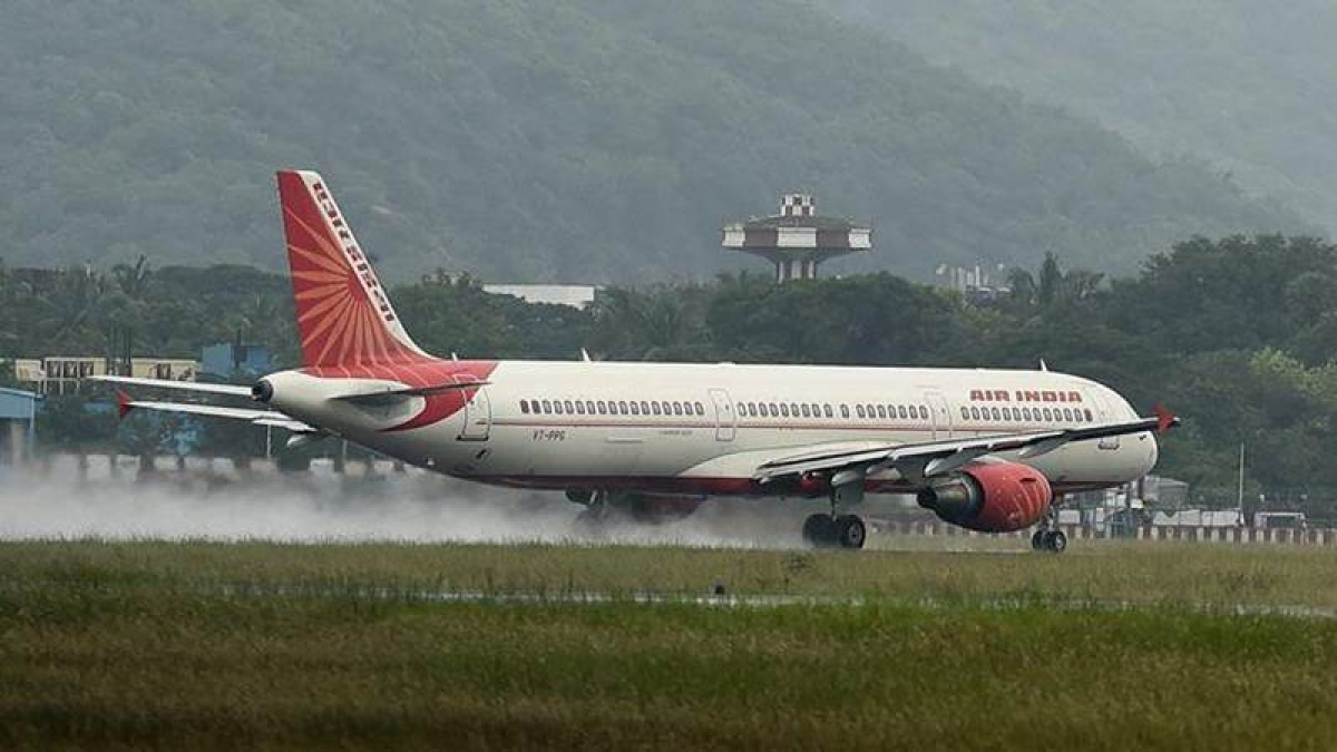 70 passengers stuck in Mumbai-Gwalior Air India flight for 3 hours