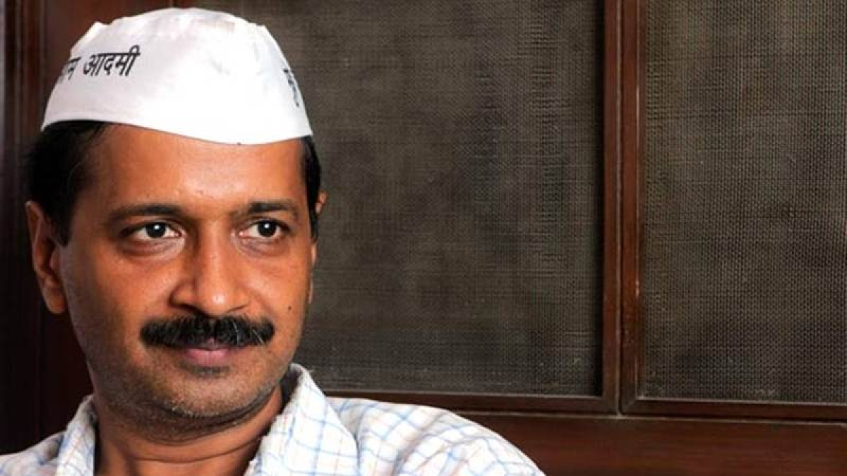 Election Commission promoting bribery: Kejriwal