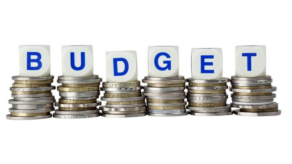 Major changes in tax  structure likely in Budget