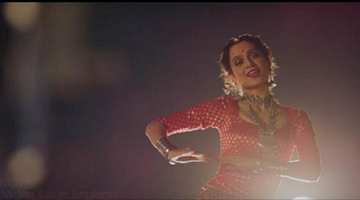 New song of Rangoon: 'Mere Miyan Gaye England'