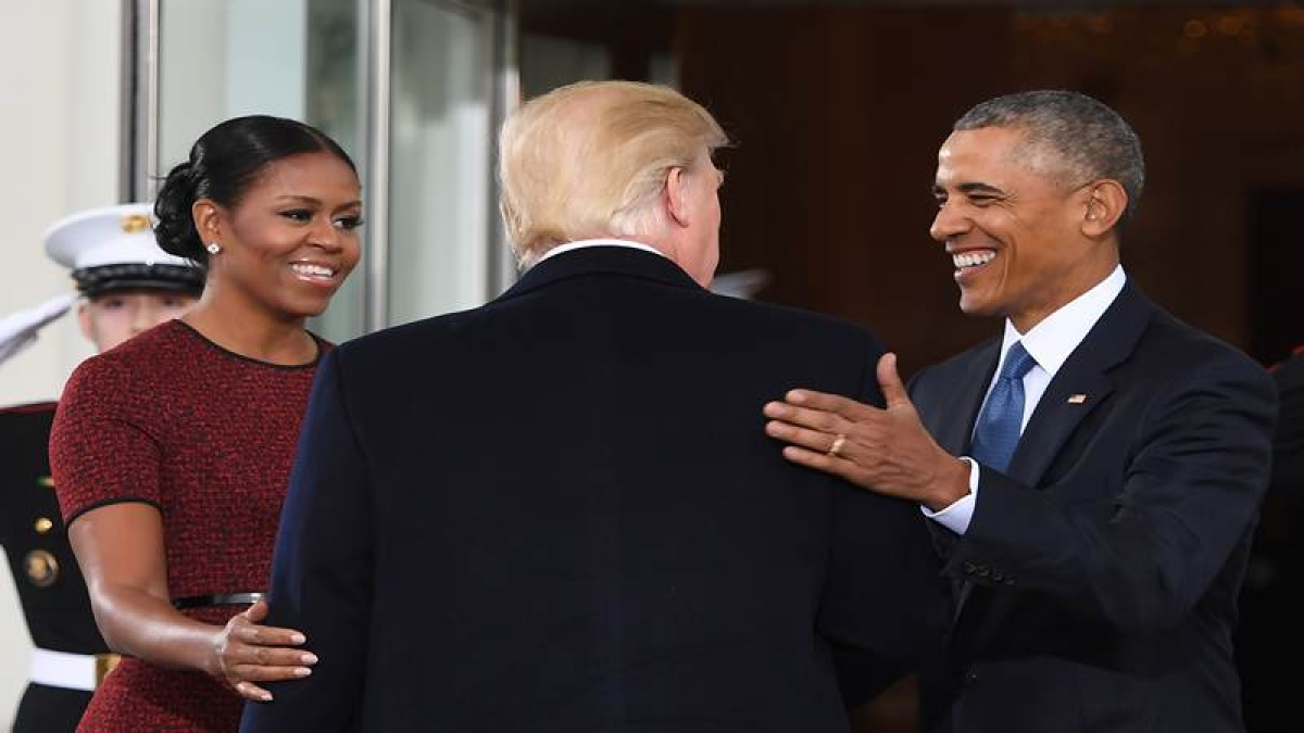Donald Trump outstripping Barack Obama on pace of executive orders