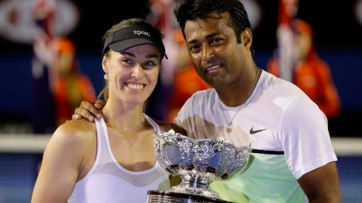 Paes-Martina enter Australian Open quarters