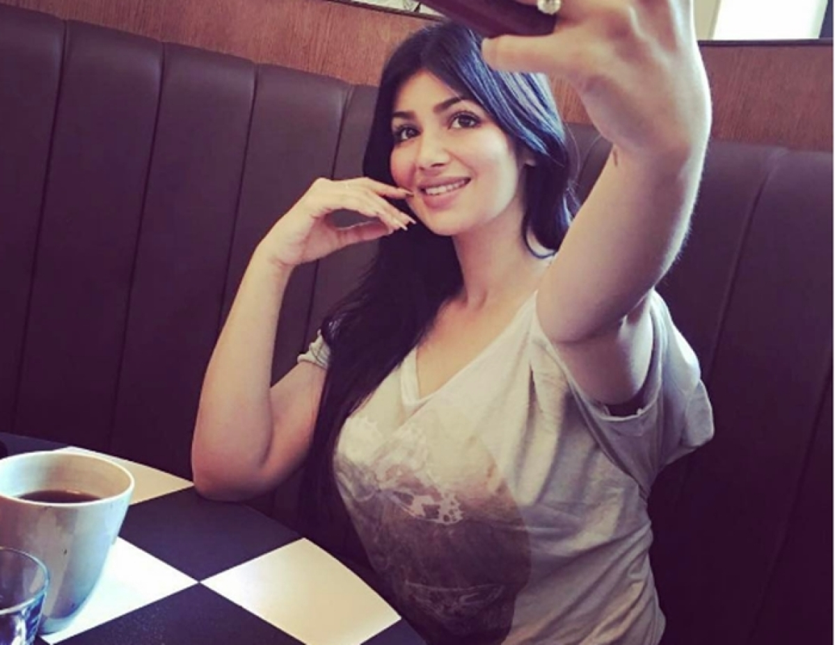 Birthday Special: The changing looks of Ayesha Takia