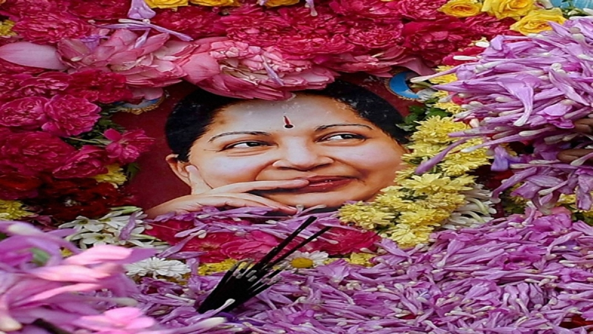 Inquiry panel will be set up to probe Jayalalithaa's death: CM O Panneerselvam