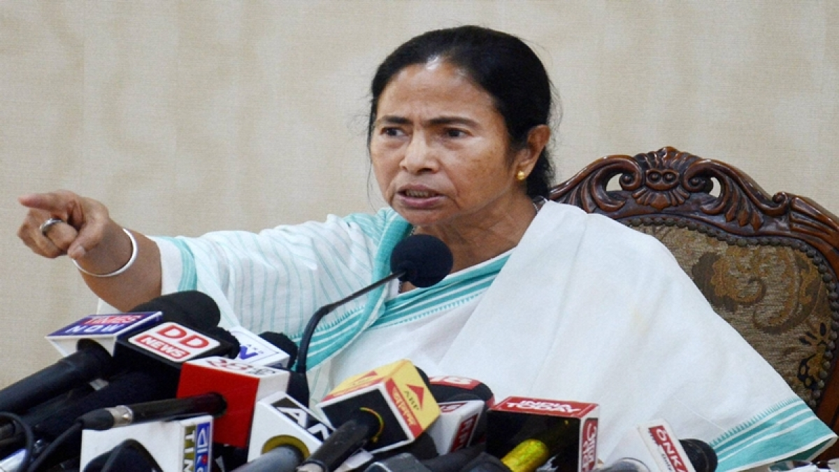 Oust BJP for 'failure' on all front, Mamata tells rally