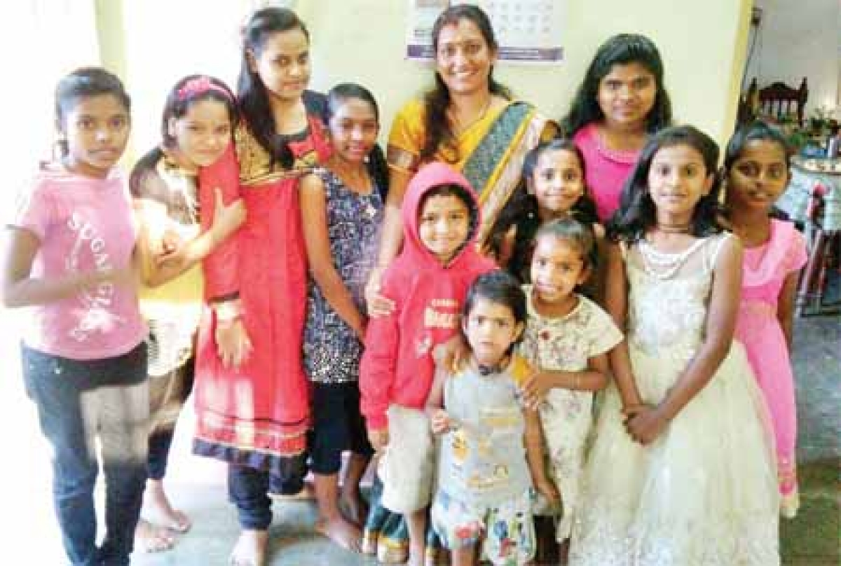 Bhopal: From students, slum-dweller kids are now part of Neeta Soni's family