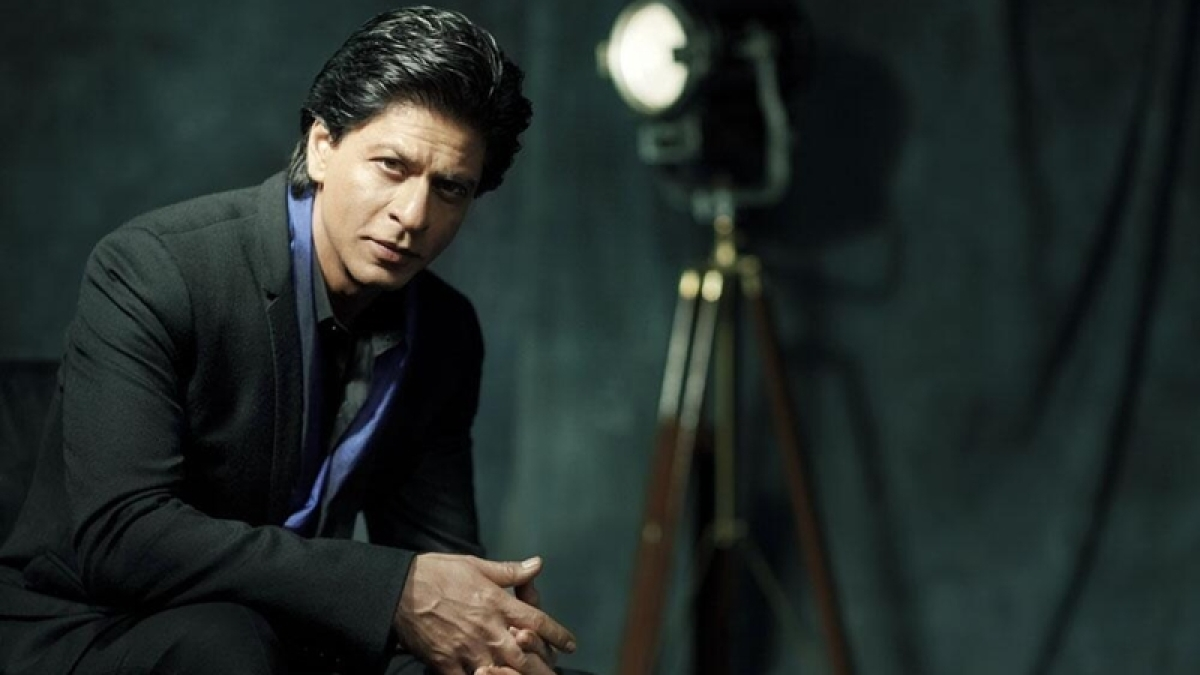 Shah Rukh finds it tough to describe himself