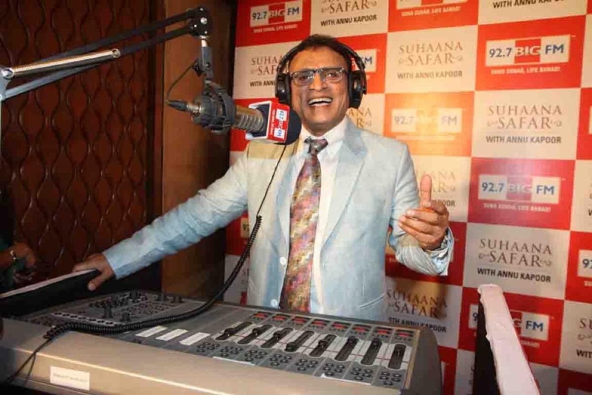 Annu Kapoor turns narrator for docudrama 'Khaar' based on Gandhiji's Dandi March