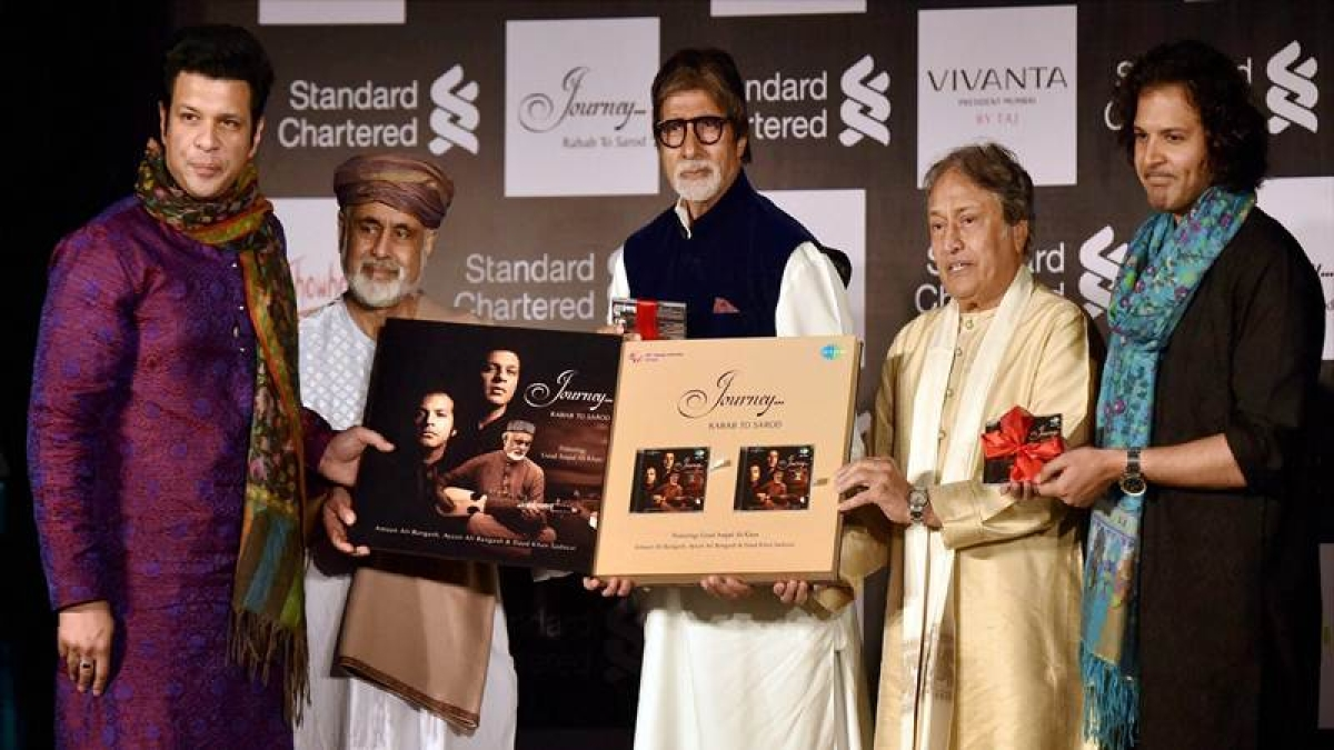 Amitabh Bachchan admires children who follow family's profession