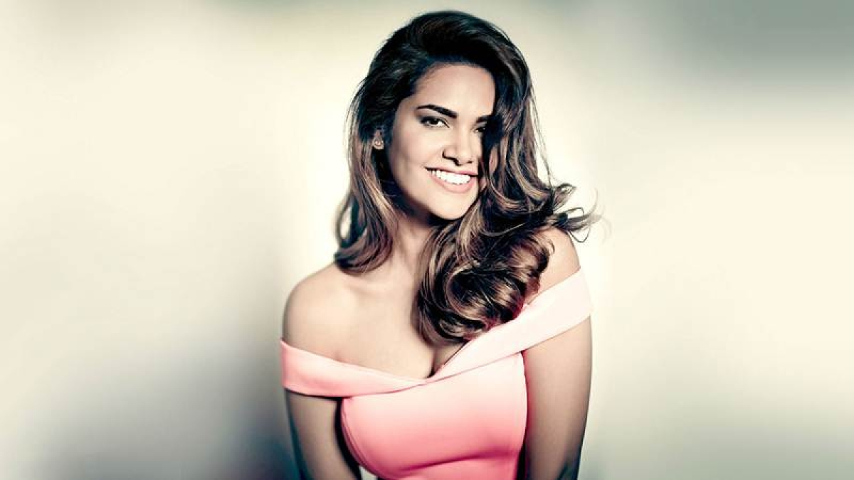 Vulnerability is a woman's strength: Esha Gupta