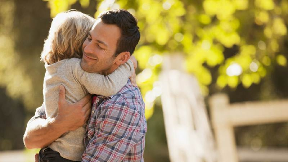 Oxytocin to strengthen Dad's bonding with kids