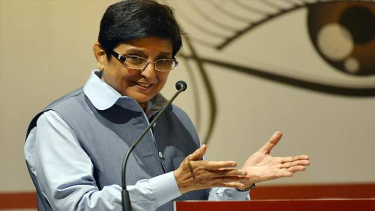 Lieutenant Governor Kiran Bedi stokes controversy with 'crow yoga' tweet