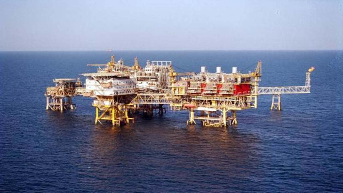 ONGC, OIL face risk of subsidy sharing: Moody's