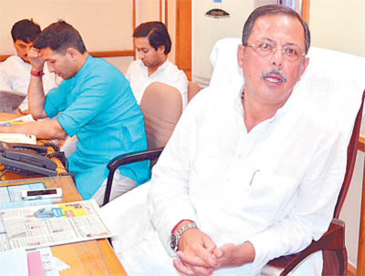Bhopal: Sarang blackmailer, says Singh; Chouhan terms it frustration