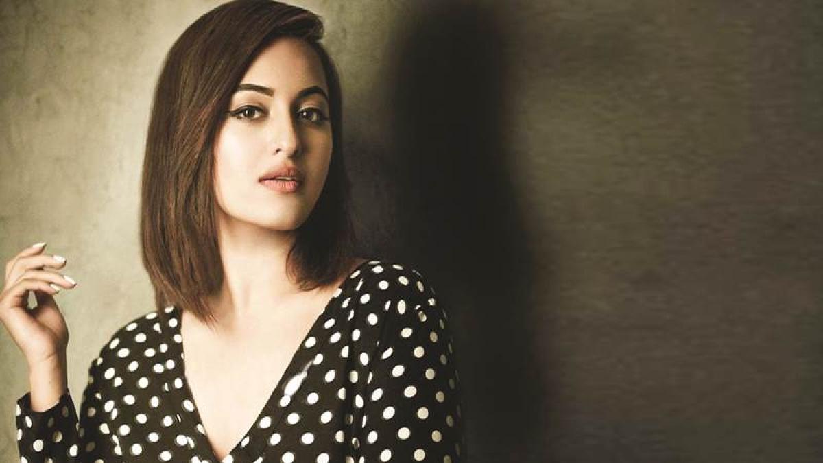 Sonakshi to do special song for 'Yamla Pagla Deewana Fir Se'