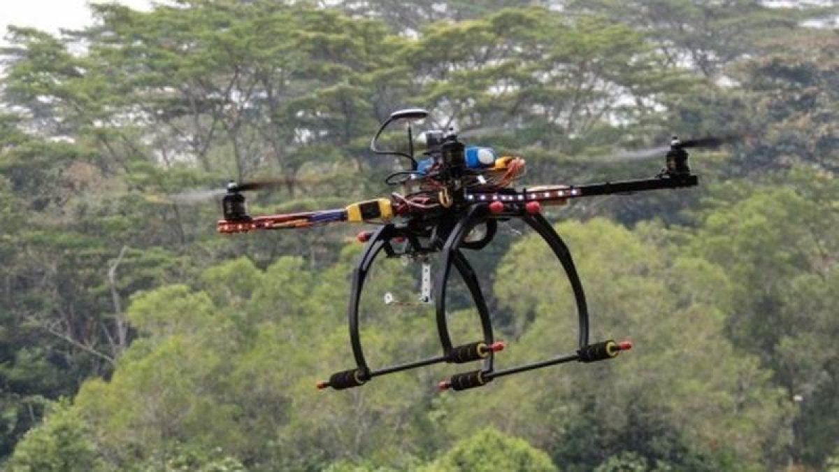 Police ban use of drones, paragliders in Mumbai