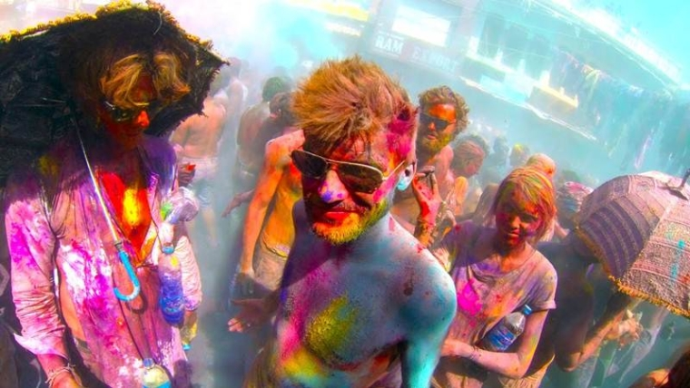 Holi 2017: Top 7 festive DJ remixes you need to hear right now!
