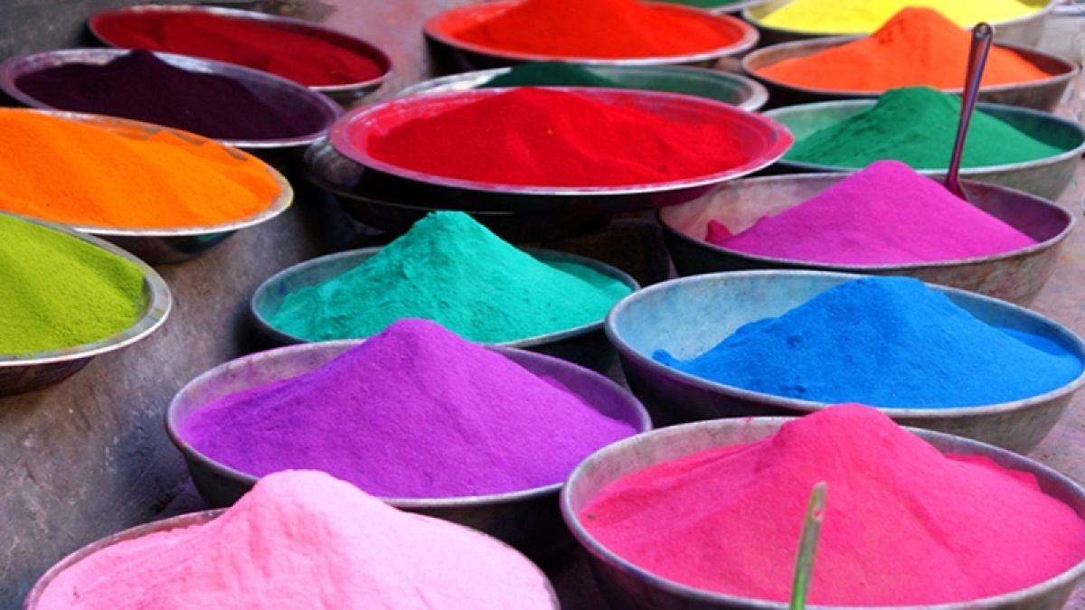 Holi 2017: How to make herbal Holi colours