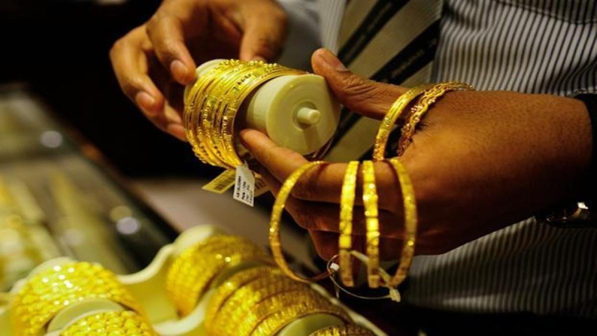 Akshaya Tritiya 2018: Invest in choker, statement neckpieces
