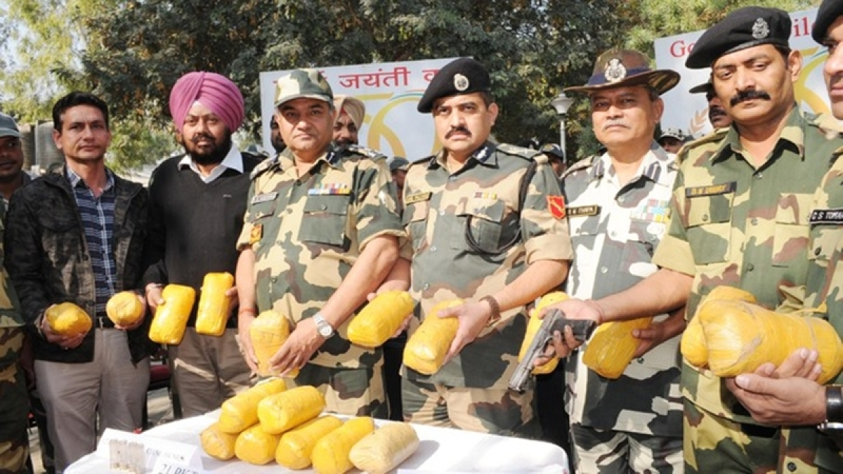 BSF recovers five kg of suspected heroin near India-Pakistan border