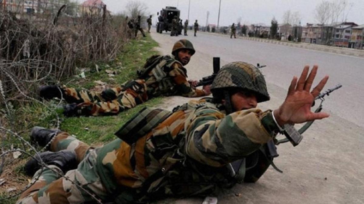 Chhattisgarh: 6 CRPF men injured in Naxal encounter in Sukma