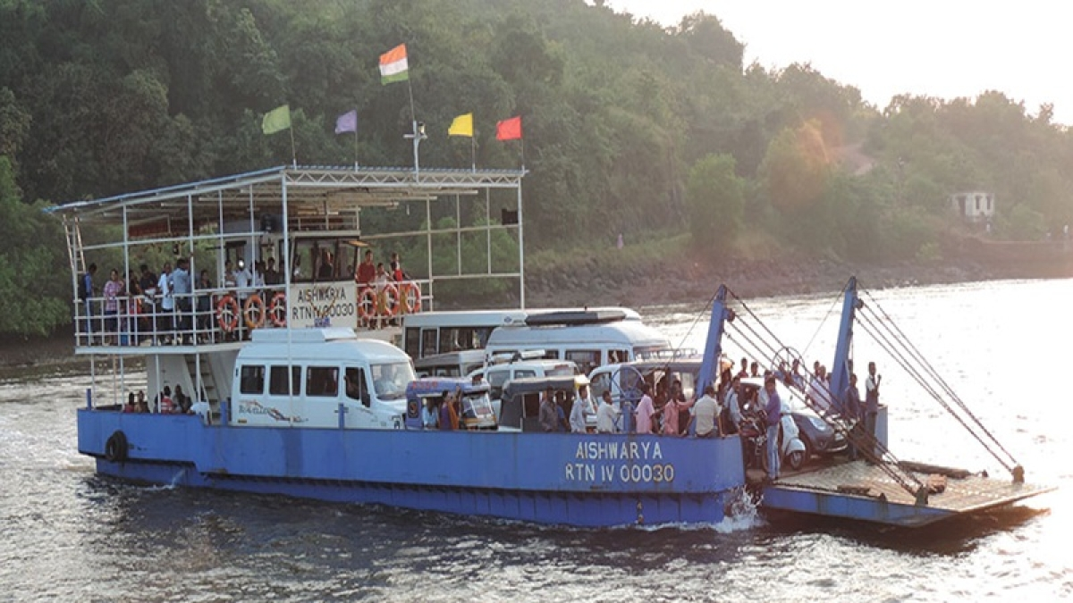Ro-Ro ferry service from Mumbai to Alibaug expected to start from October 1