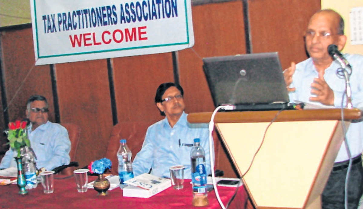 Ujjain: Tax practitioners organise seminar on GST